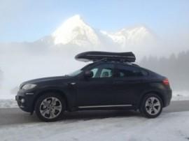 BMW Skibox Foto's van dakkoffers Big-Malibu XL Surf met surfplankhouder
