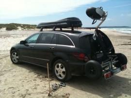 Juli  Mercedes Foto's van dakkoffers Big-Malibu XL Surf met surfplankhouder