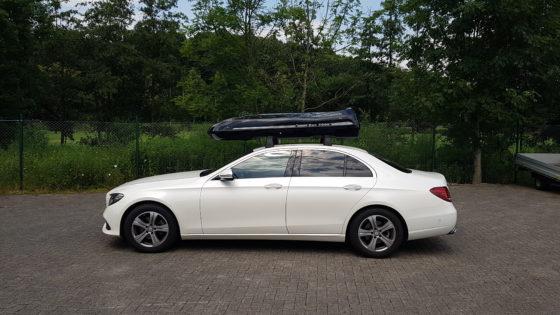Mercedes E-Klasse Limousine Kundenbilder Beluga XXL Dachbox – Urlaub mit Hund