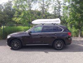 BMW X5 Dachboxen BMW Box da tetto Beluga XXL – Vacanza con il cane